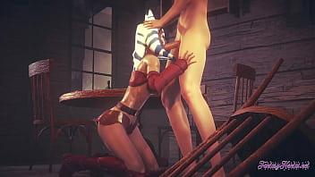 Мамаша в нижнем одежду разыгрывает ноги перед лесбиянкой и просит вжарить ее рукой в очко