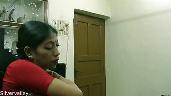Заключенный вжарил сексапильную медсестричку на зоне